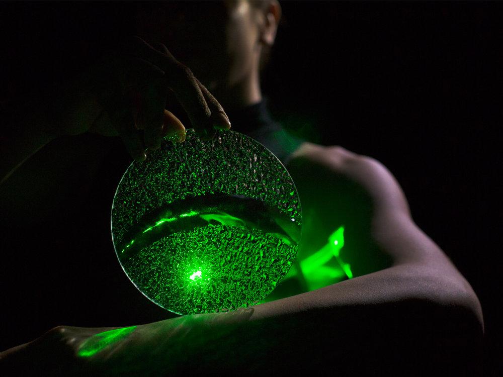 hellodesign-lumenry-tér,fény,tánc,ékszer-08.jpg