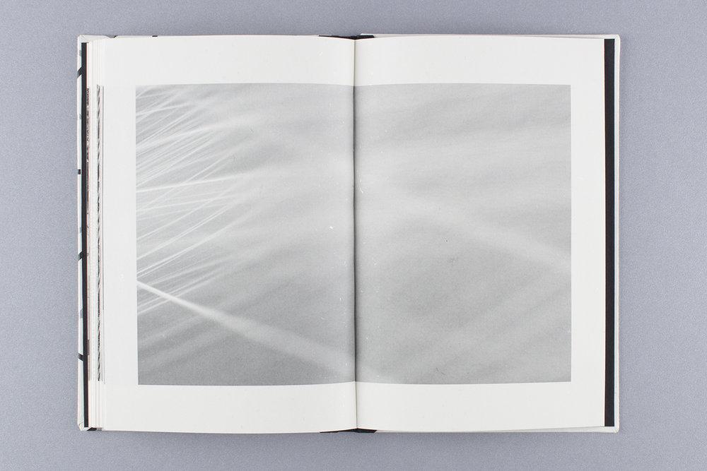 hellodesign_silentbook_08.jpg