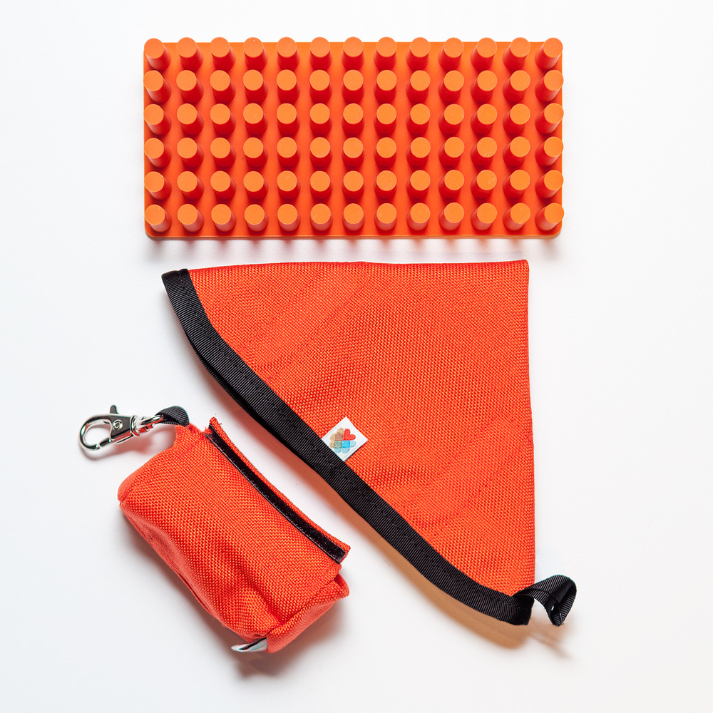 WILDEBEEST | Funston Baggie & Travel Bowl  +  POPPIN | Orange Softie Grip Grass