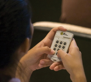 Using a clicker to answer a class poll