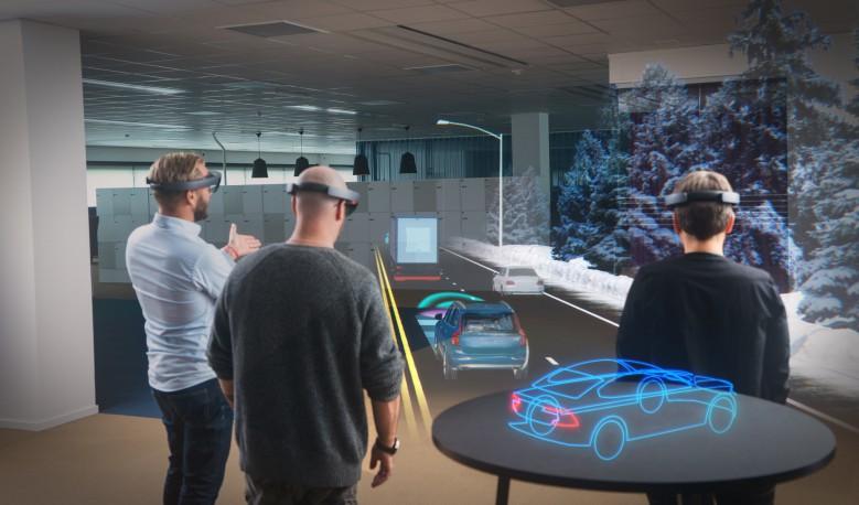Volvo-Cars-Microsoft-HoloLens-experience_02-779x458.jpg