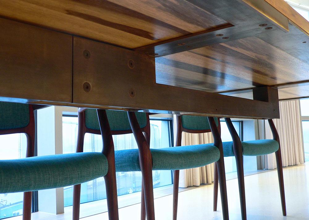 Chelsea-Pied-a-Terre-In-Situ-Design-7-table-detail.jpg