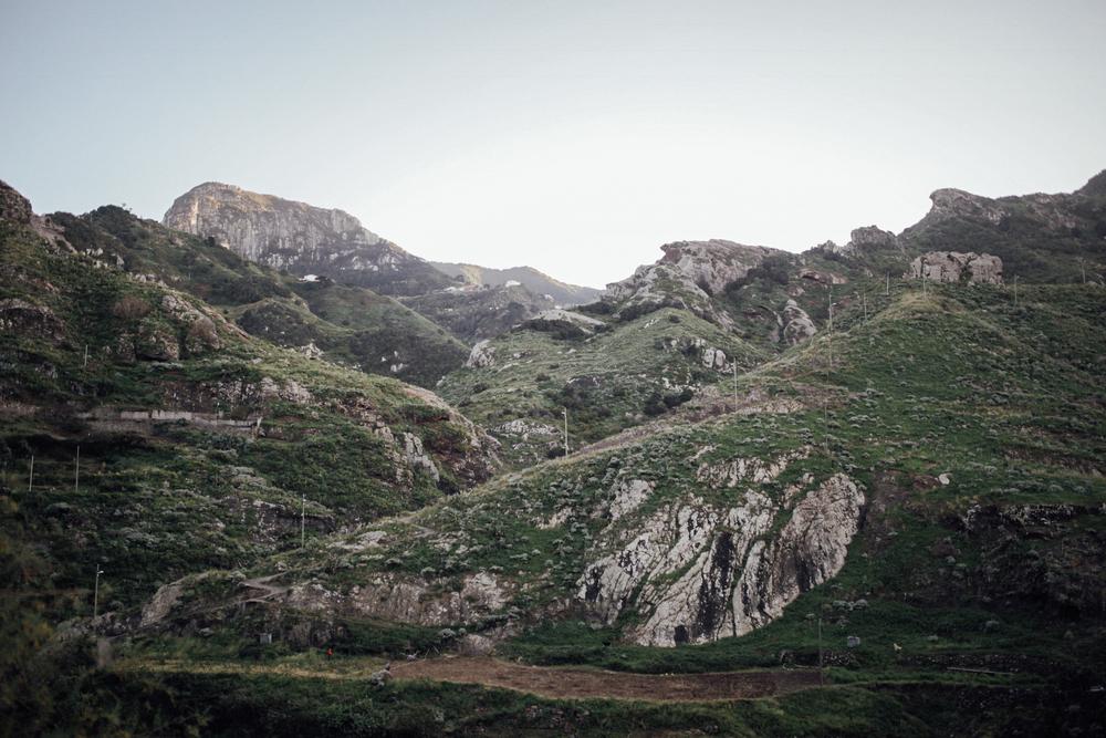 Afur es una pequeña aldea situada en el Parque Natural de Anaga, Tenerife - Islas Canarias. // Afur is a little village located in Anaga Natural Park, Tenerife, Canary Islands.