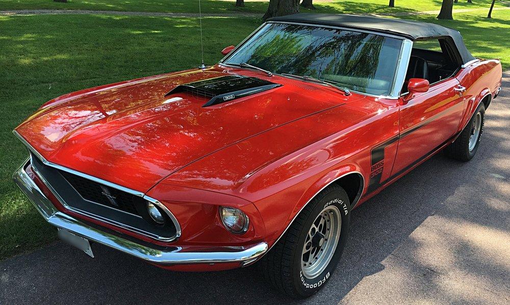 1 1969 Ford Mustang Neubauer.jpeg