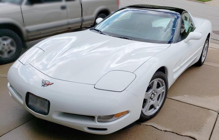 1 1998 Chevrolet Corvette Williamson.jpg