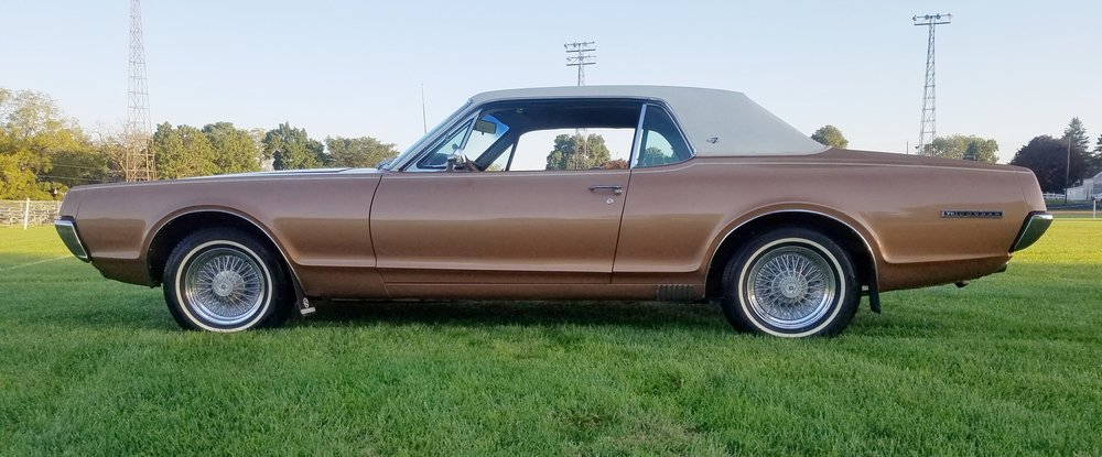 2 1967 Cougar XR7 Sevren .jpg