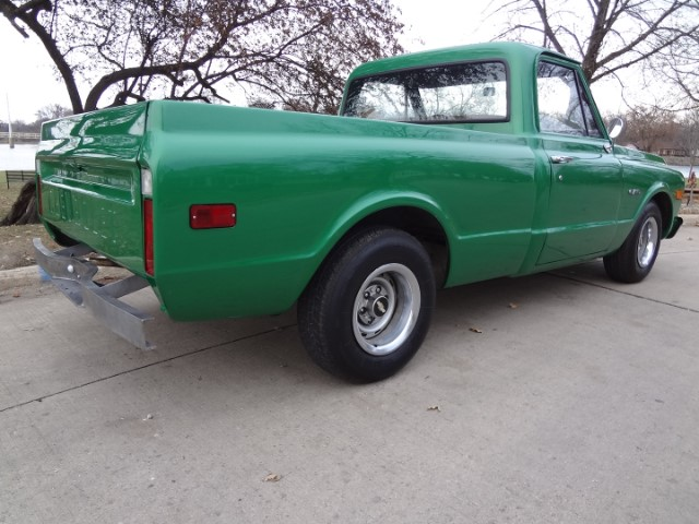 5 1970 Chevrolet C-10 Pierson.jpg