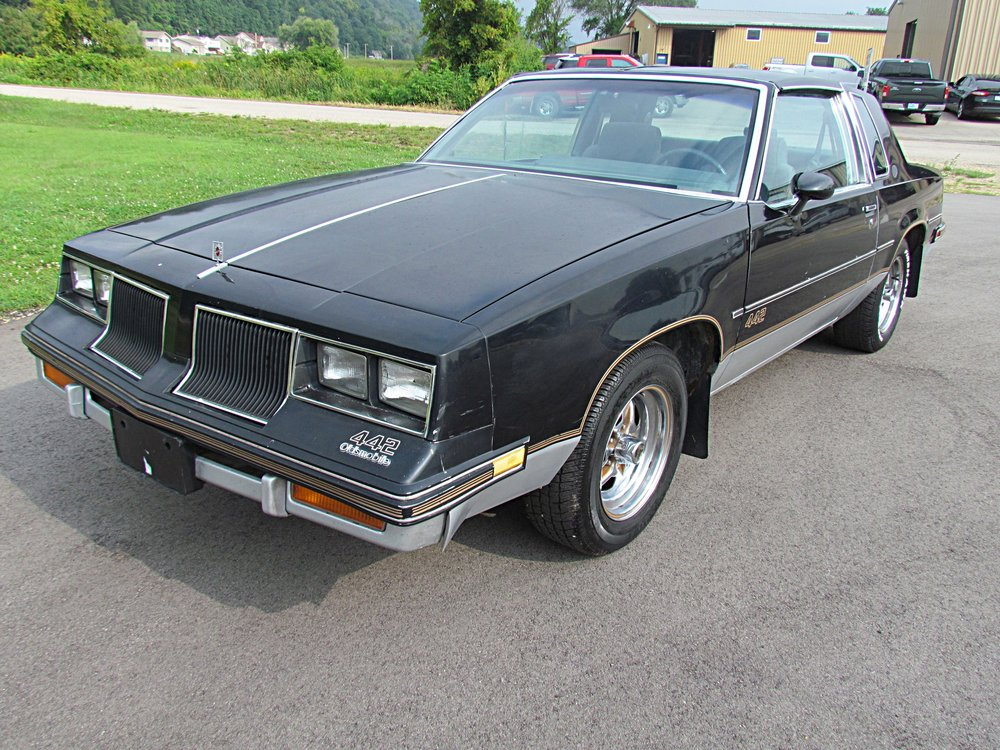 1 1986 Oldsmobile Cutlass 442 Brown.JPG