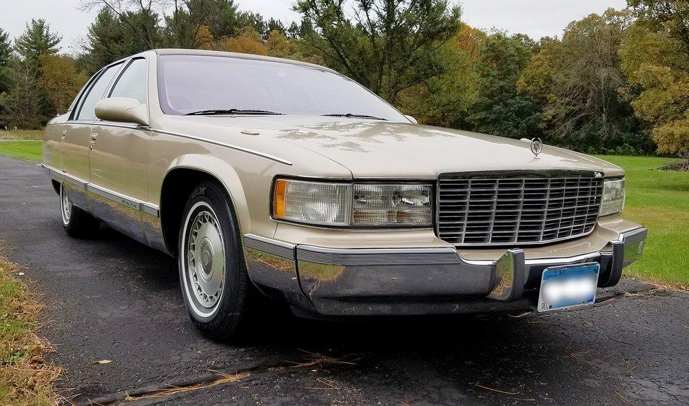 1 1995 Cadillac Fleetwood Brougham Mattison.jpg