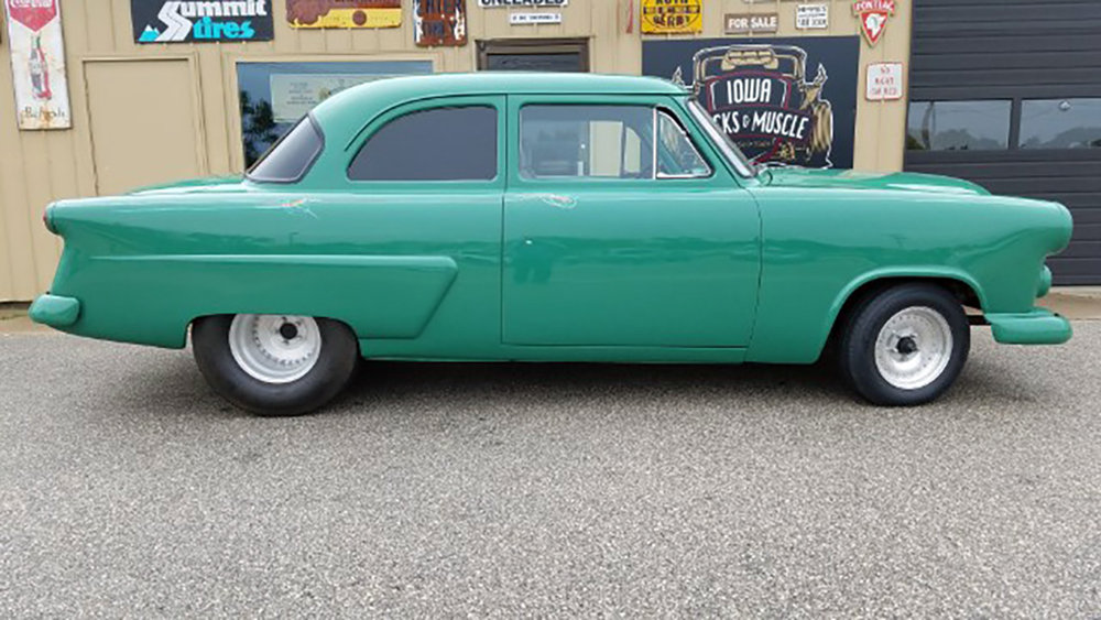 2 1952 Ford Jones.jpg