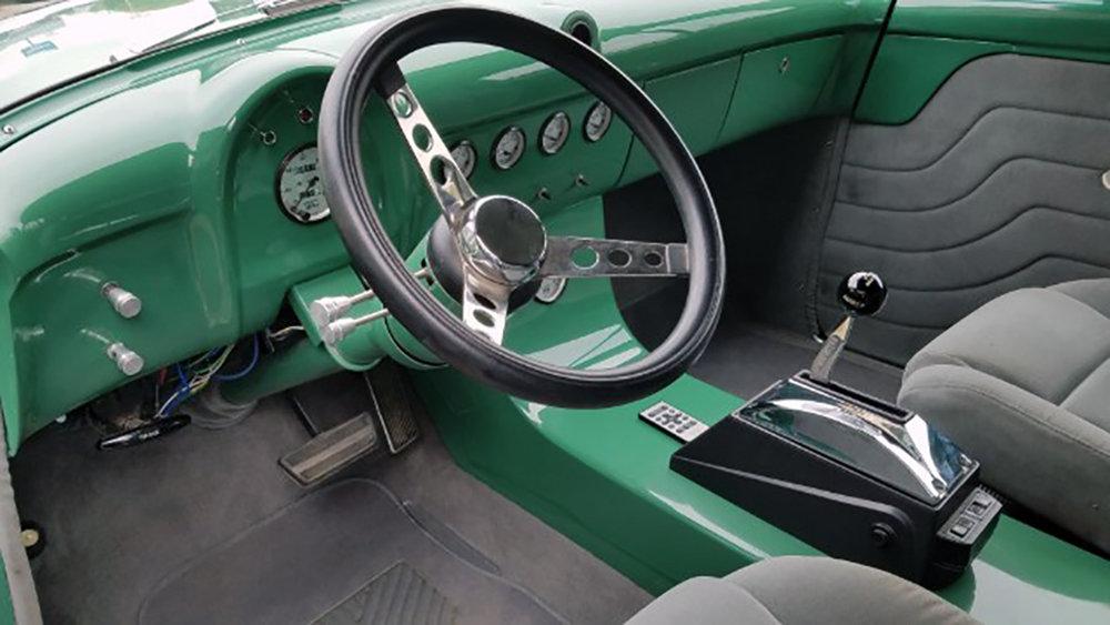9 1952 Ford Jones.jpg