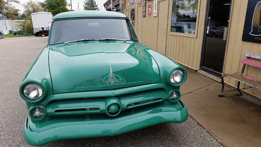 4 1952 Ford Jones.jpg