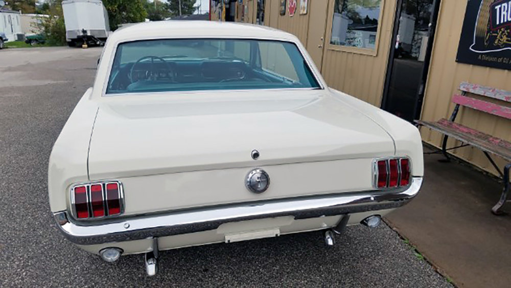 4 1966 Ford Mustang Coupe.jpg
