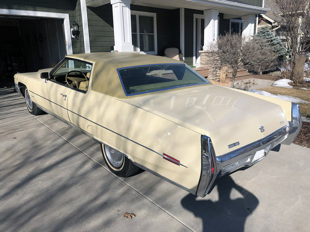 3 1971 Calillac Coupe DeVille Harris.jpg
