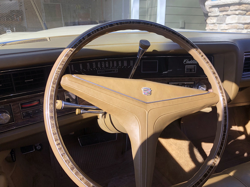 10 1971 Calillac Coupe DeVille Harris.jpg