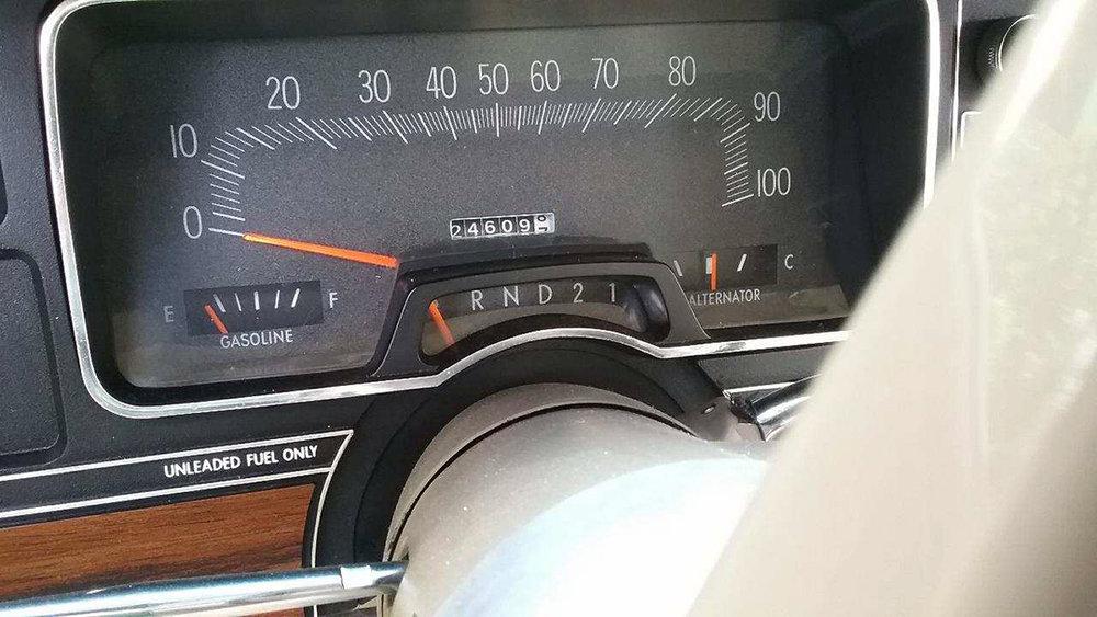 11 1977 Dodge Royal Monaco Brougham.jpg