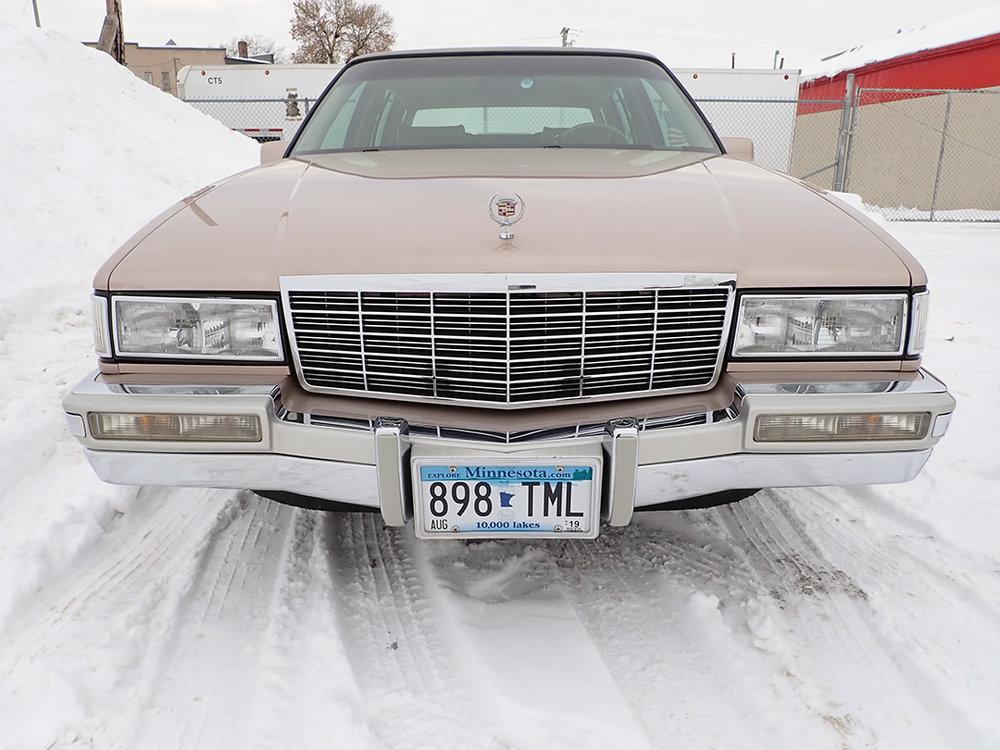 8 1991 Cadillac Fleetwood.jpg