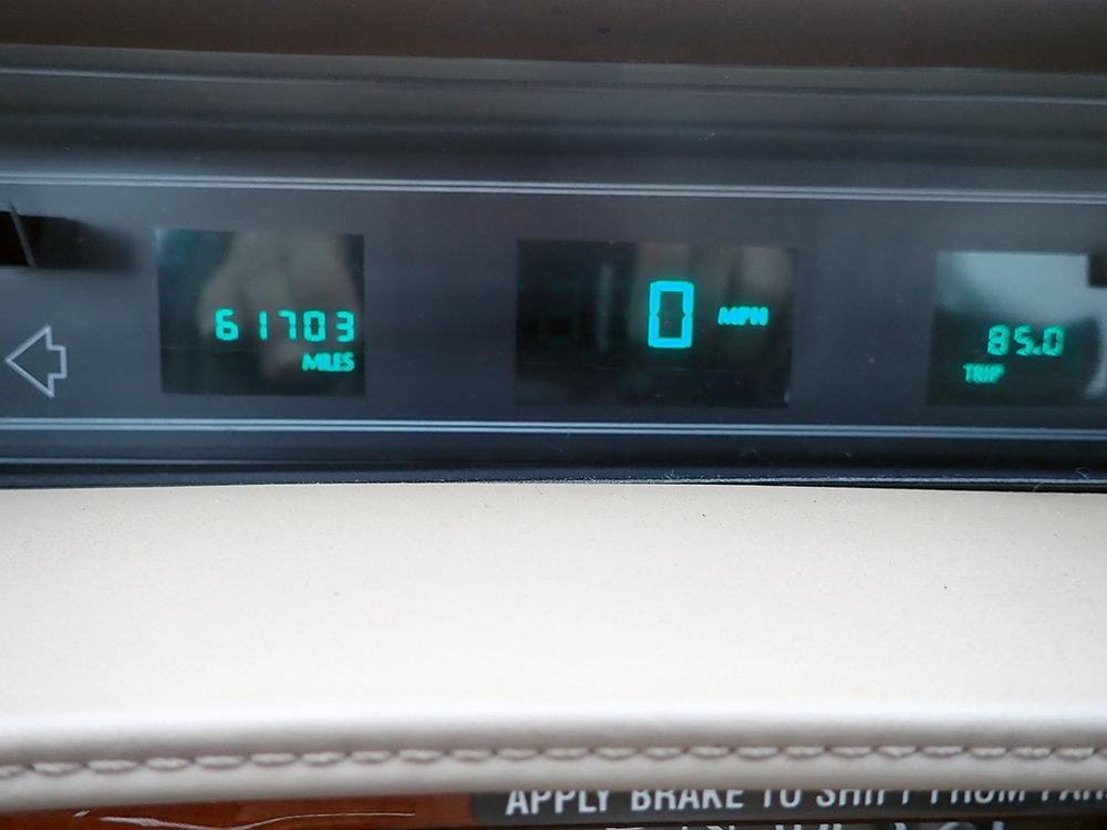 11 1991 Cadillac Fleetwood.jpg