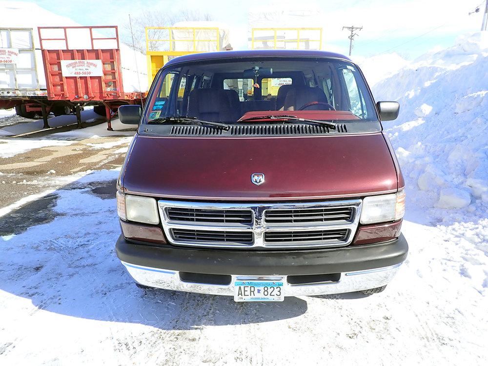 8 1994 Dodge Van STPC.jpg