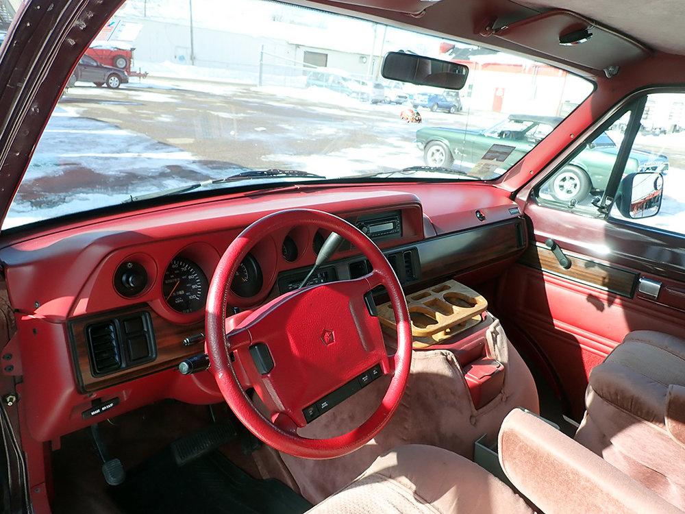 9 1994 Dodge Van STPC.jpg