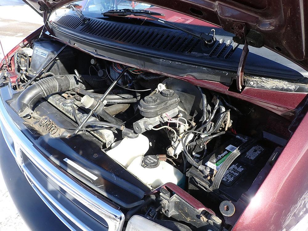 15 1994 Dodge Van STPC.jpg