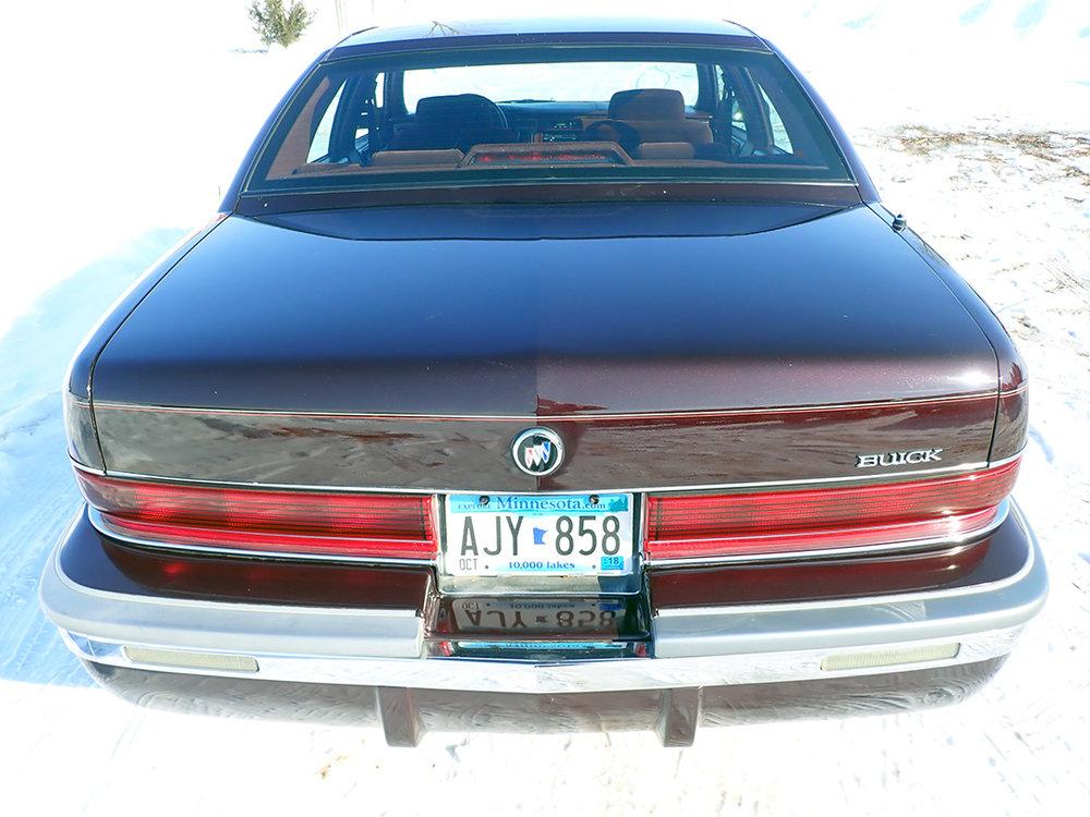 4 1996 Buick Roadmaster SG.jpg