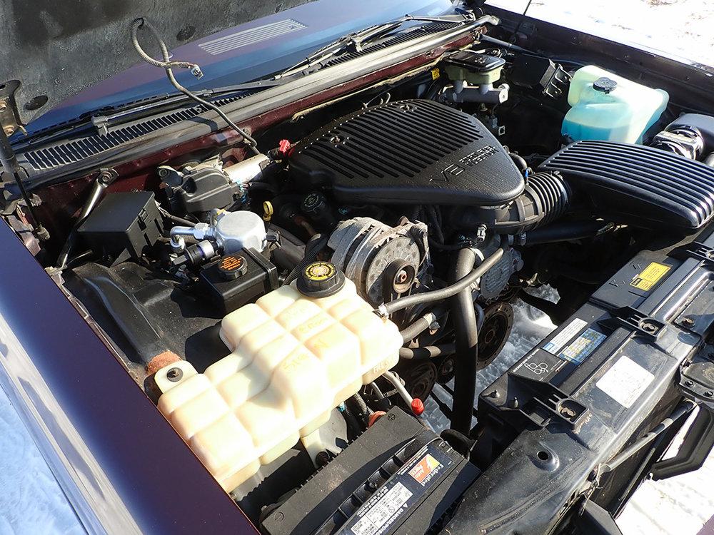 14 1996 Buick Roadmaster SG.jpg