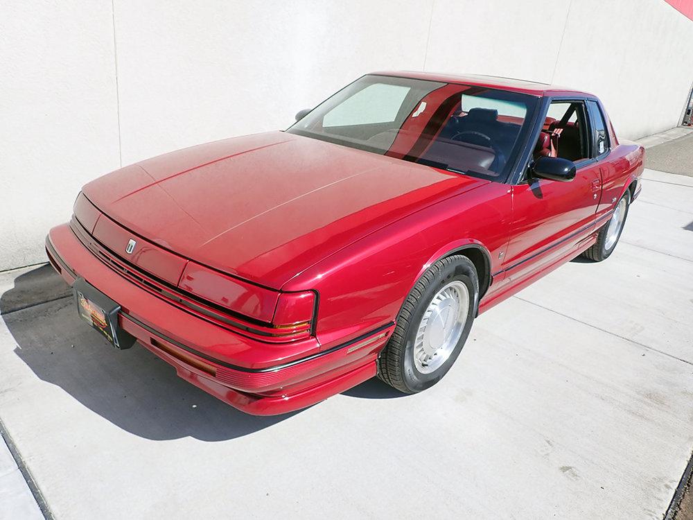 1 1990 Olds Toro STP.jpg