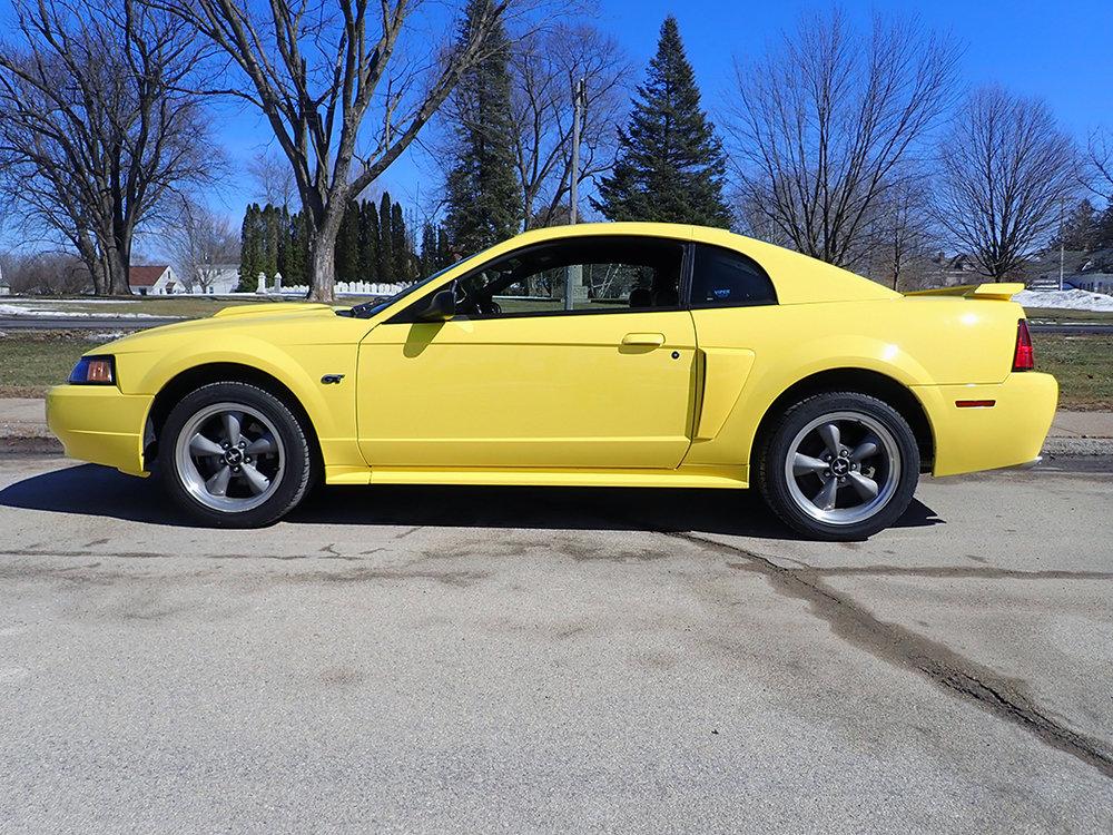 2 2004 Ford Must Hanner.jpg