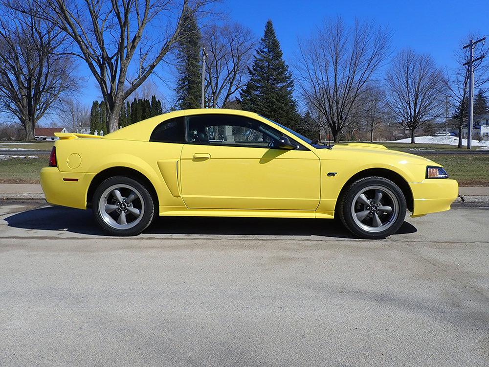 6 2004 Ford Must Hanner.jpg