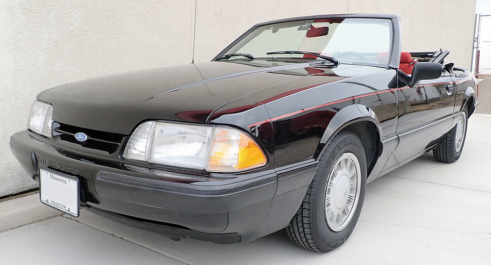 1 1988 Ford Mustang Conv STPC.jpg