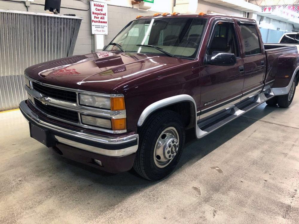 1 1996 Chevrolet Pickup Omaha.jpg