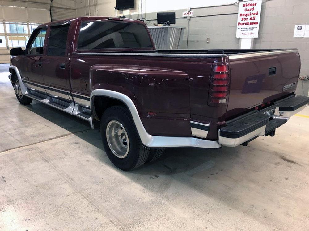 3 1996 Chevrolet Pickup Omaha.jpg