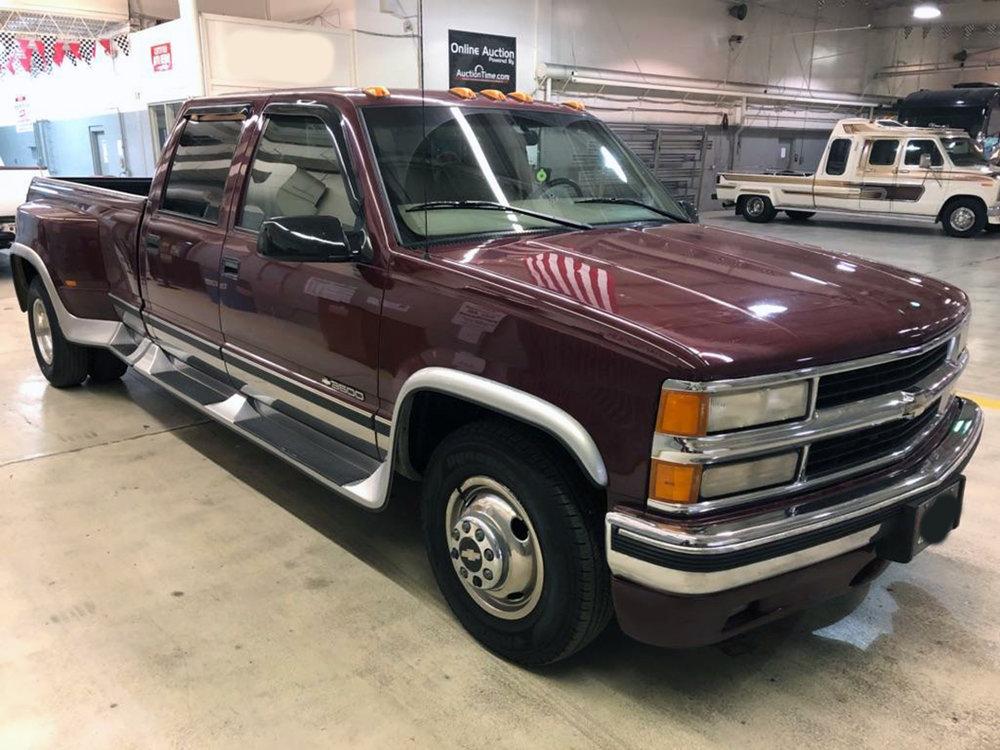 7 1996 Chevrolet Pickup Omaha.jpg