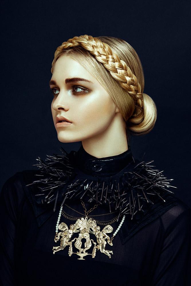 Nu Renaissance Aristocracy  Harper's Bazaar Vietnam, December 2012