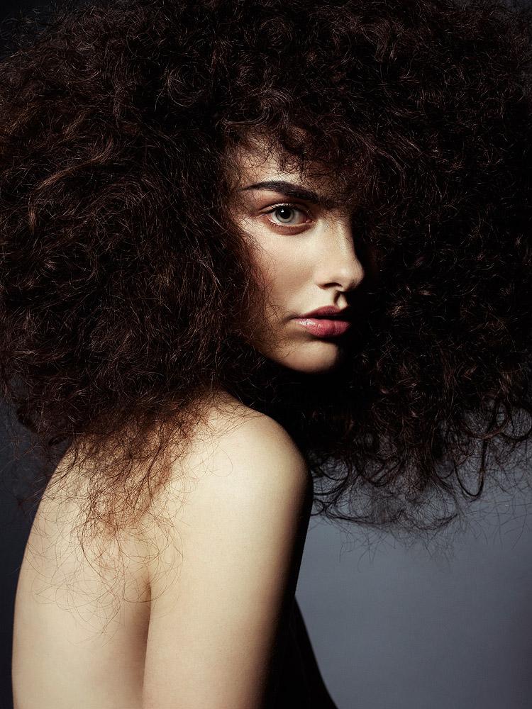 Dramatic Hair , 2014