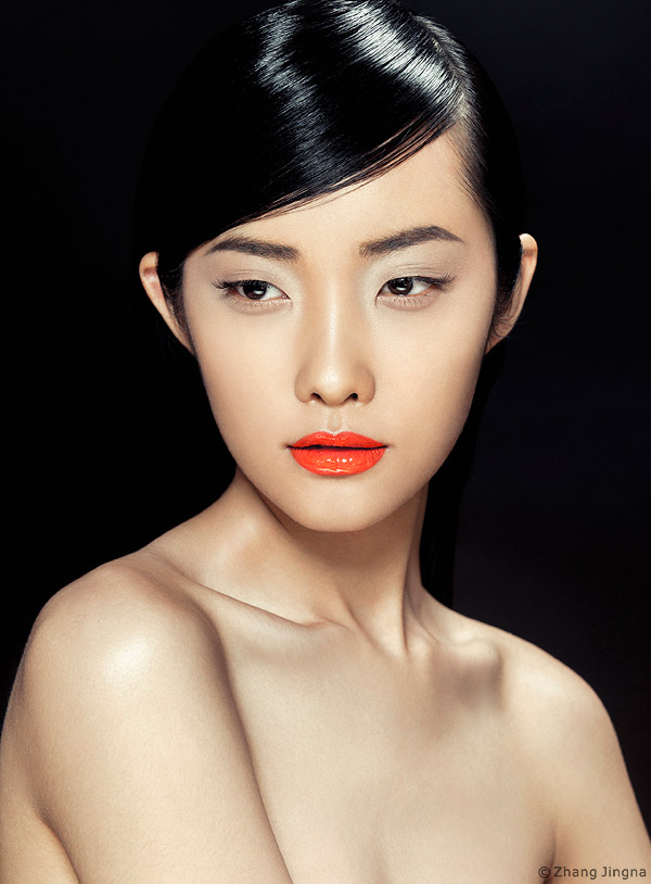 Breaking-into-Fashion-4-Elle-Vietnam-Beauty-Zhang-Jingna.jpg