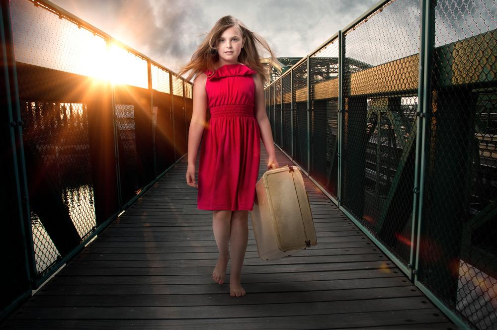 CSP-Hayden-walk-sunset-suit-case.jpg