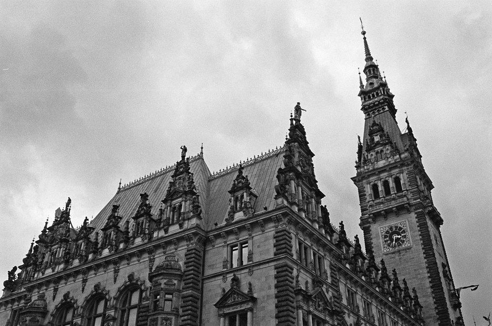 Rathaus Hamburg // Tri-X