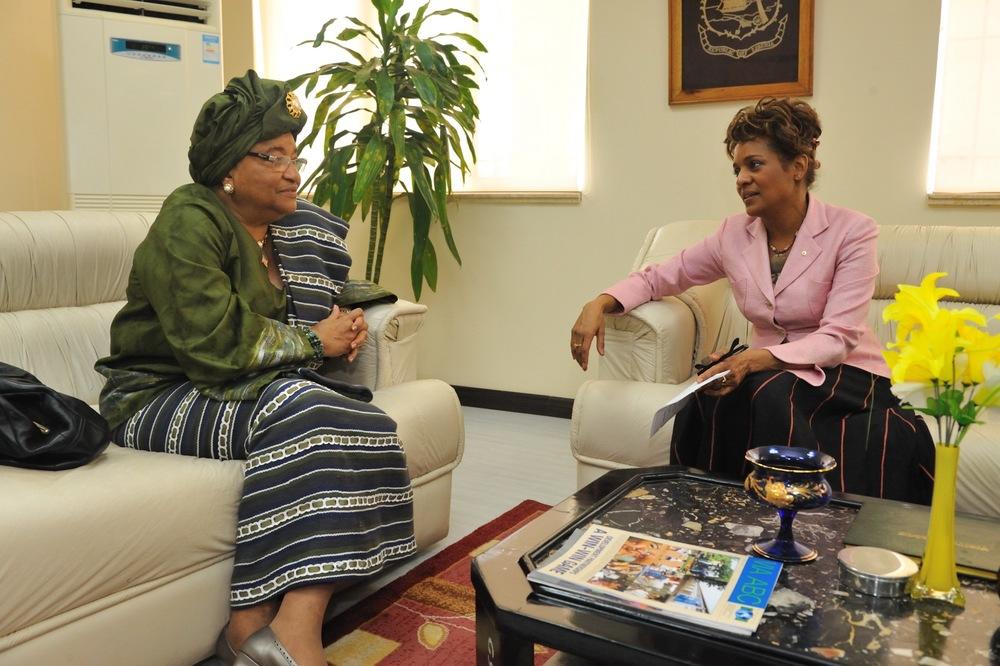 Présidente du Libéria Johnson Sirleaf mars 2009_2.jpg