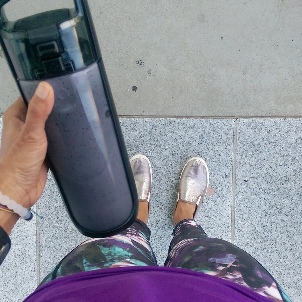 OO are great for those on-go mornings. Blend ingredients, pour in a travel bottle and hit the ground running!