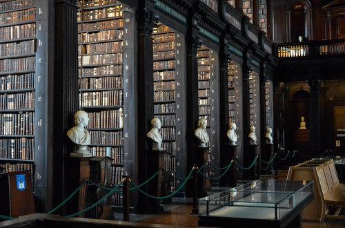 библиотека trinity college