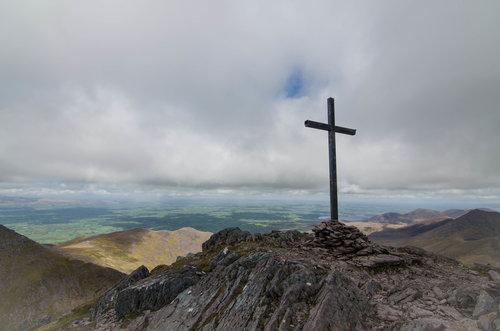 вершина горы Каррантуил