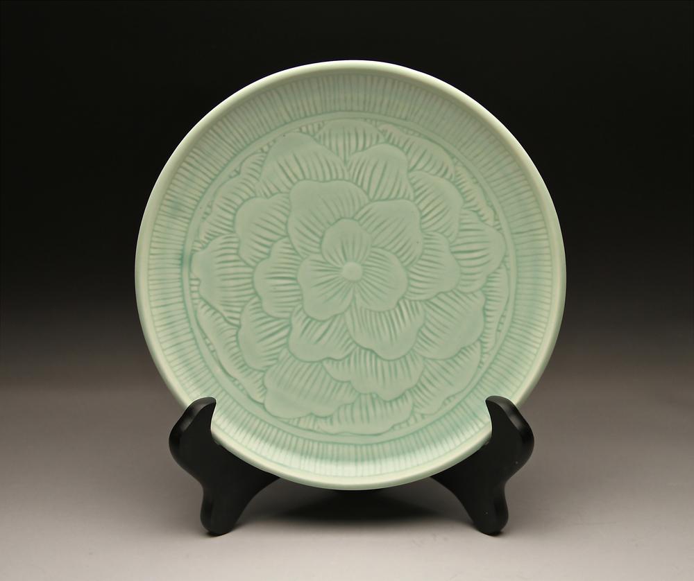 medium plate.jpg