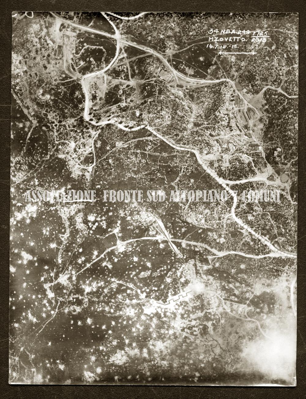Ripresa area della zona dello Zovetto segnata dai bombardamenti (fonte: Archivio Storico Dal Molin)