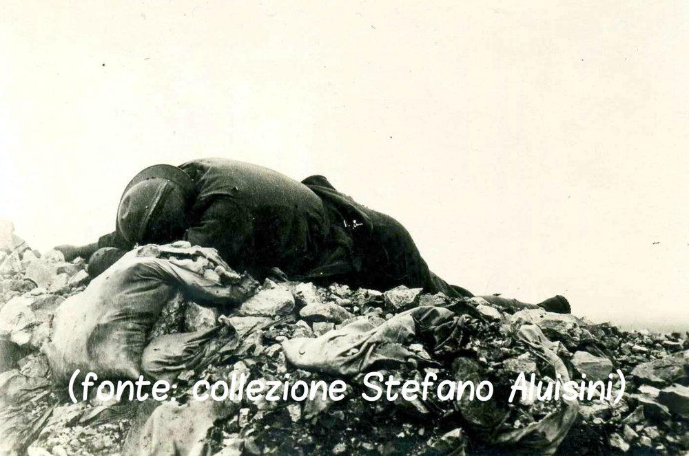 236 -  caduto italiano sul Monte Santo.jpg