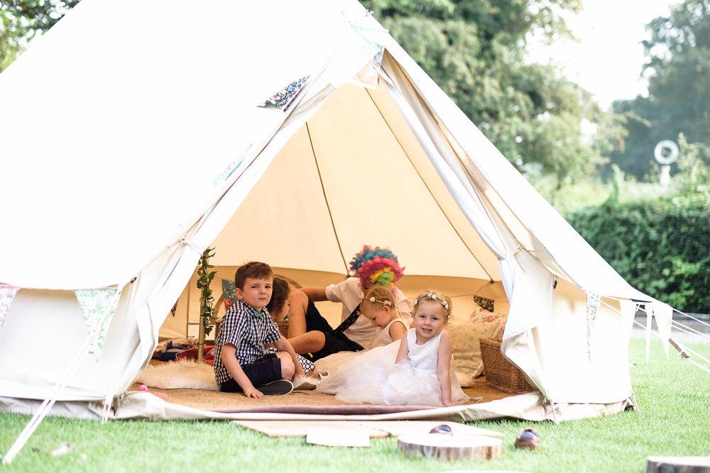 Wiltshire wedding-0074.jpg