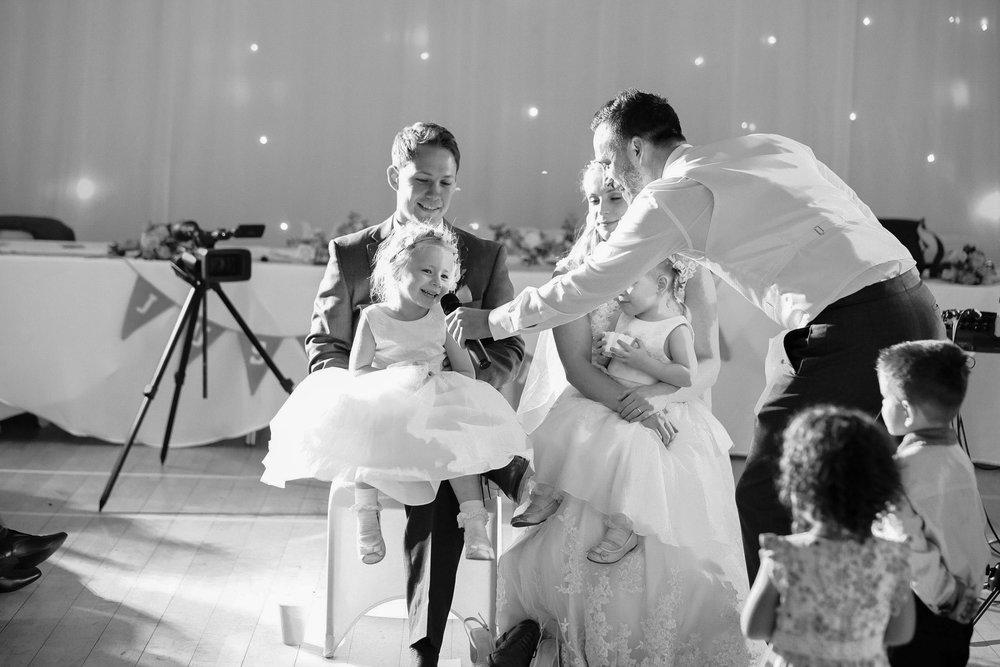Wiltshire wedding-0096.jpg