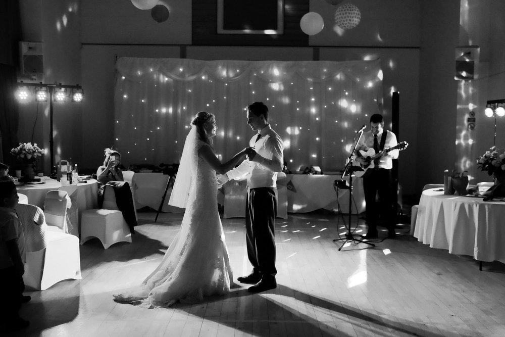Wiltshire wedding-0098.jpg