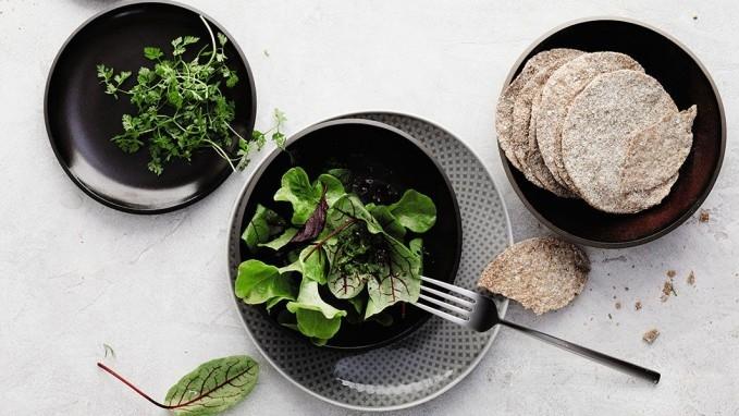 Mise En Place - Scegli la mise en place per la tua cena tra le varie combinazioni di piatti e posate firmate Roshental.